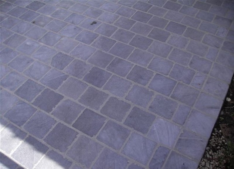 vietnamese blauwe steen getrommeld